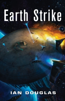 Earth Strike (Star Carrier, Book 1), Paperback