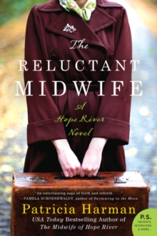 The Reluctant Midwife: A Hope River Novel, Paperback Book
