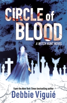 Circle of Blood : A Witch Hunt Novel, Paperback