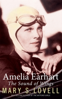 Amelia Earhart : The Sound of Wings, Paperback