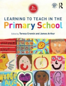 Learning to Teach in the Primary School, Paperback Book