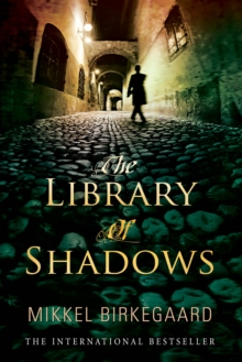 The Library of Shadows, Paperback