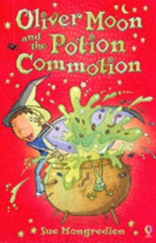 Oliver Moon and the Potion Commotion, Paperback