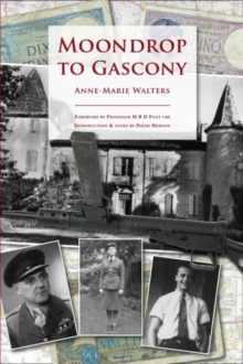 Moondrop to Gascony, Paperback