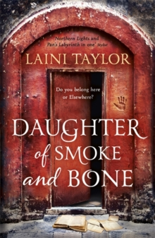 Daughter of Smoke and Bone, Paperback