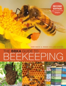 The BBKA Guide to Beekeeping, Paperback
