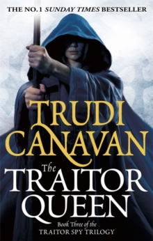 The Traitor Queen, Paperback Book