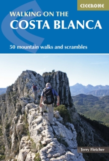 Walking on the Costa Blanca, Paperback Book