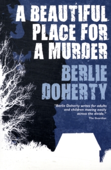 A Beautiful Place for a Murder, Paperback