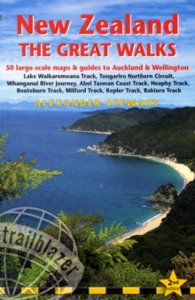 New Zealand : Route and Planning Guide with 50 Detailed Trekking Maps and 10 Town Plans, Paperback