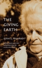 The Giving Earth : A John G. Neihardt Reader - Book