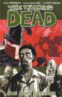 The Walking Dead Volume 5: The Best Defense - Book