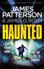 Haunted : (Michael Bennett 10). Michael Bennett is far from home - but close to danger - Book