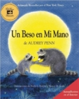 Un Beso en Mi Mano (The Kissing Hand) - Book