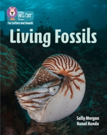 Living Fossils : Band 7/Turquoise, Paperback / softback Book