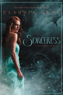 Sorceress, Paperback / softback Book