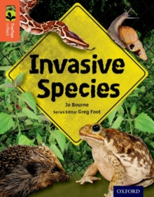Oxford Reading Tree TreeTops inFact: Level 13: Invasive Species, Paperback / softback Book