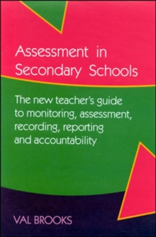 ASSESSMENT IN SECONDARY SCHOOLS, Paperback / softback Book
