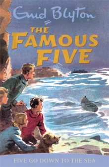 Famous Five: Five Go Down To The Sea : Classic cover edition: Book 12, Paperback Book