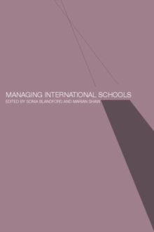 Managing International Schools, Paperback / softback Book