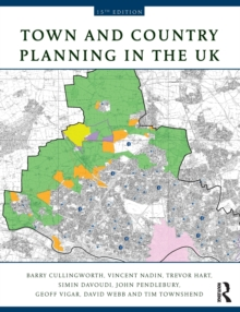 Town and Country Planning in the UK, Paperback / softback Book