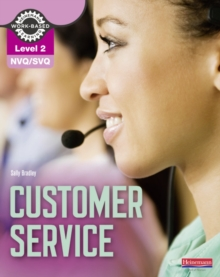 NVQ/SVQ : Customer Service Candidate Handbook Level 2, Paperback Book