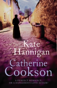 Kate Hannigan, Paperback Book