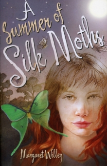 A Summer of Silk Moths, Paperback / softback Book