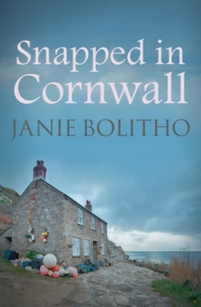 Snapped in Cornwall, Paperback Book