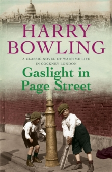 Gaslight in Page Street : A compelling saga of community, war and suffragettes (Tanner Trilogy Book 1), Paperback / softback Book