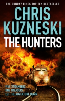 The Hunters (The Hunters 1), Paperback Book