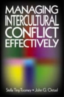 Managing Intercultural Conflict Effectively, Paperback / softback Book