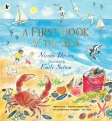 A First Book of the Sea, Paperback / softback Book