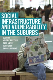 Social Infrastructure and Vulnerability in the Suburbs, Hardback Book