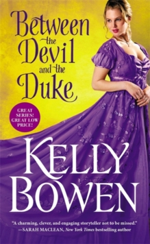 Between the Devil and the Duke, Paperback / softback Book