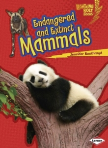 Endangered and Extinct Mammals, Paperback / softback Book