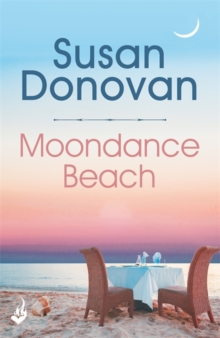 Moondance Beach: Bayberry Island Book 3, Paperback Book