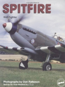 Spitfire: RAF Fighter, Paperback / softback Book