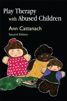 Play Therapy with Abused Children, Paperback / softback Book