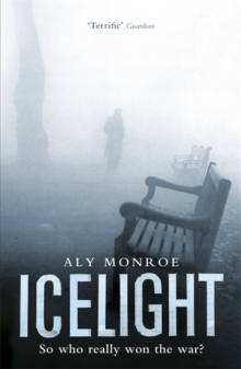 Icelight : Peter Cotton Thriller 3: Gripping espionage at its best, Paperback Book
