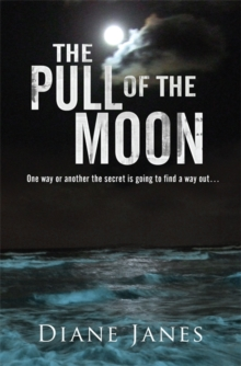 The Pull of The Moon, Paperback Book