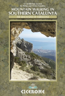 Mountain Walking in Southern Catalunya, Paperback Book